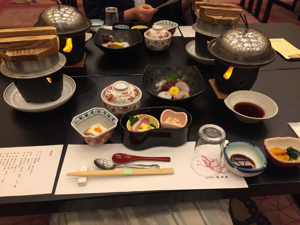 ホテル美山の食事1