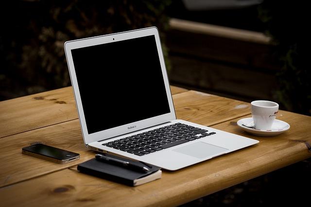 ワードプレスのブログの5か月目のPV数(アクセス数)と収益報告 100記事達成!